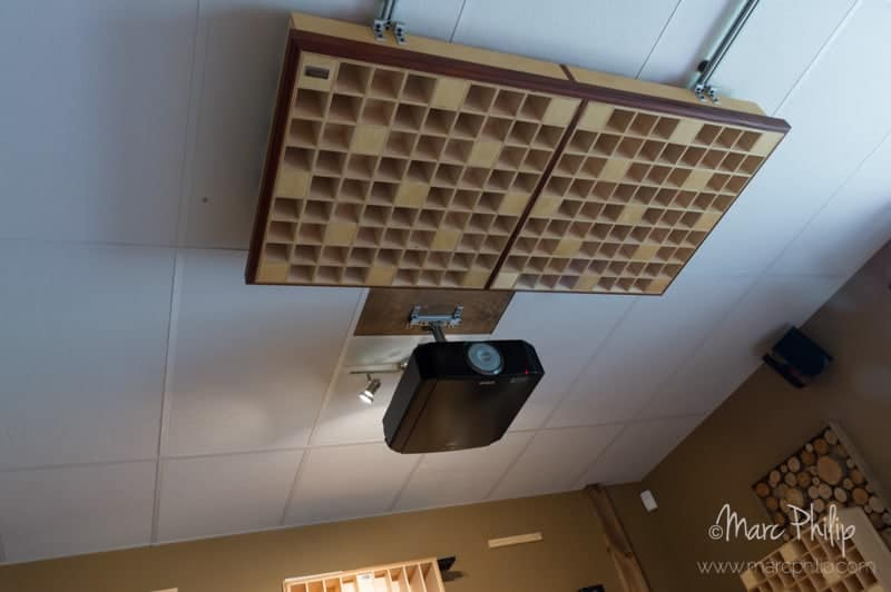 Double diffuseurs quadratiques inovaudio de type 2D mk I au plafond