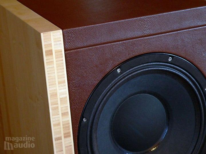 HR-C12 Nautile cuir et bambou