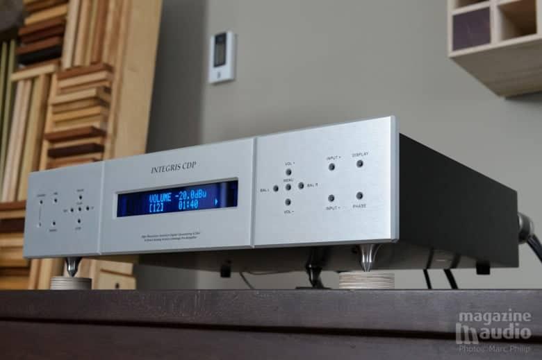 CDP integris by Aurum Acoustics relié avec un cordon AC carbone et rhodium Furutech FI-50