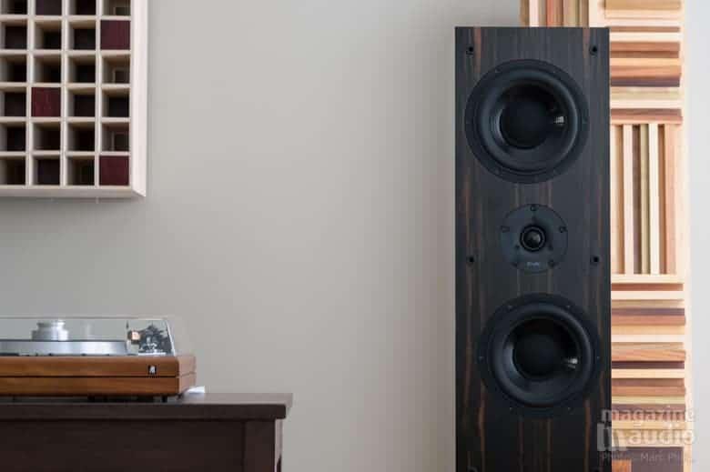 Proac D38, diffuseur quadratique 2D (à gauche) + diffracteur Pro Design Audio (à droite)