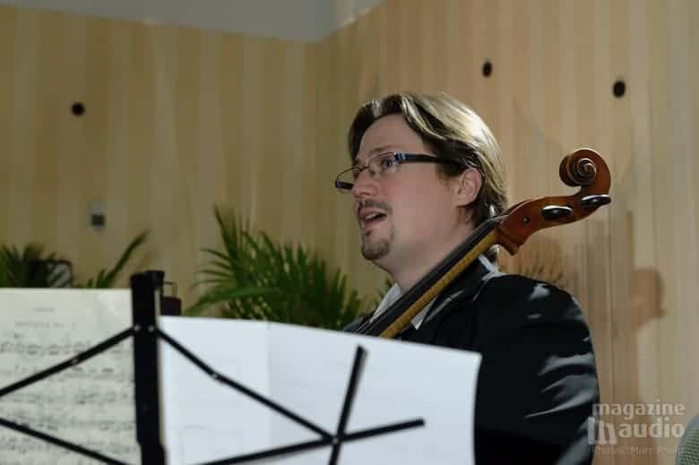 Vincent Bélanger au violoncelle, toujours de bonne humeur.