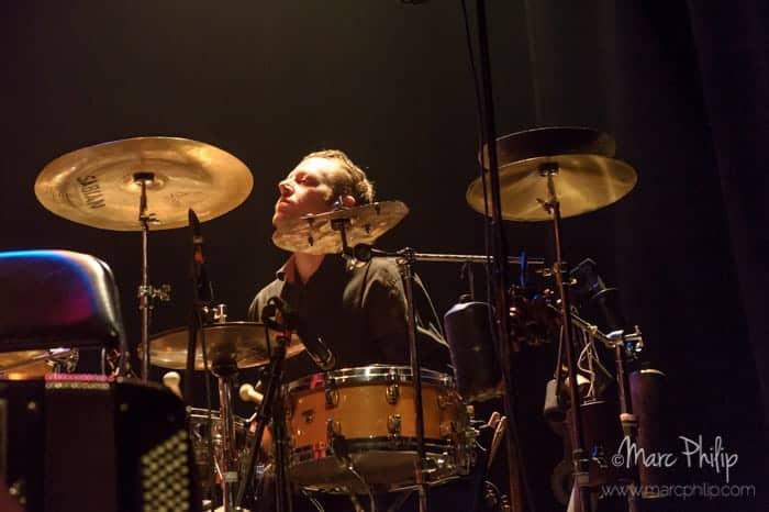 Jonathan Préfontaine aux percussions