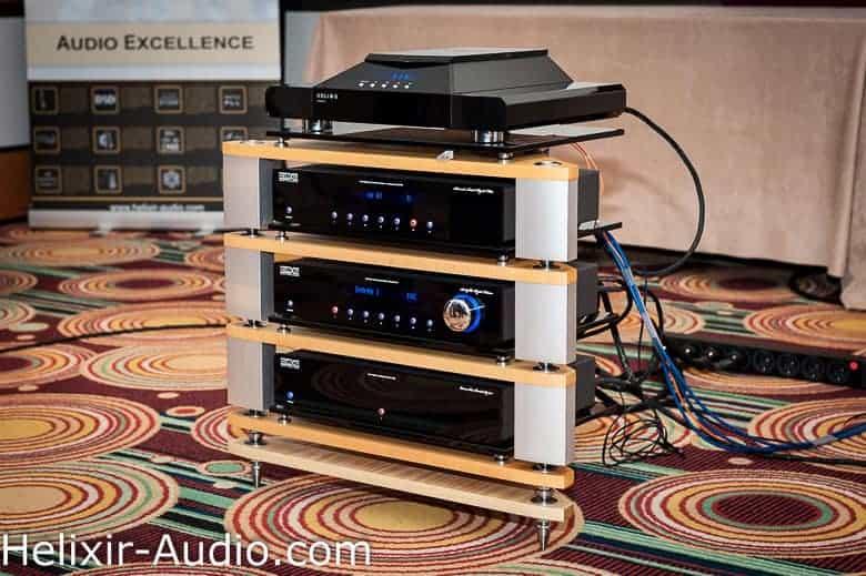 Système Helixir Audio lors du salon Haute-Fidélité 2013 à Paris