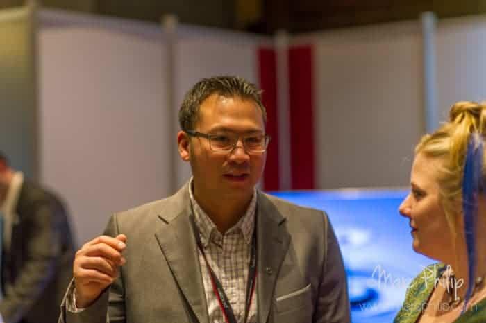 Trevor Wong de Update TV & Stereo