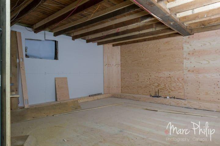 Revêtement muraux en place sur tous les murs