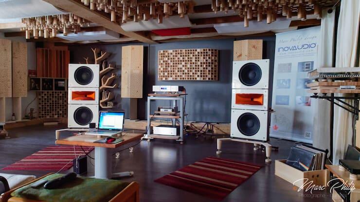 Auditorium magazine-audio PAP Horn1